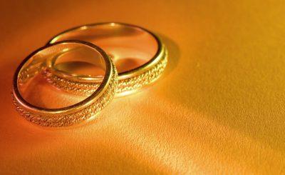 Cách chọn và bảo quản nhẫn cưới