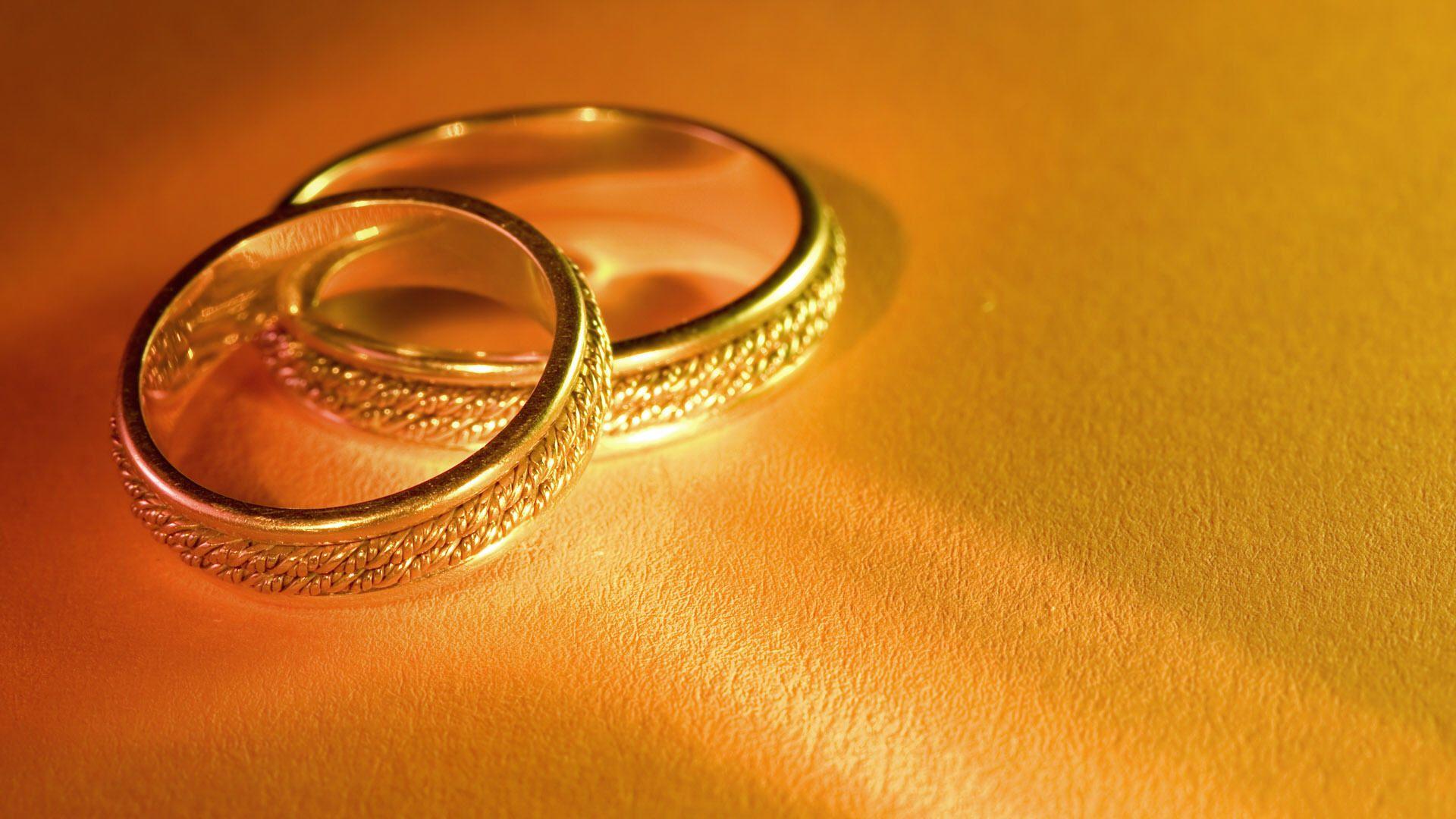nhẫn cưới