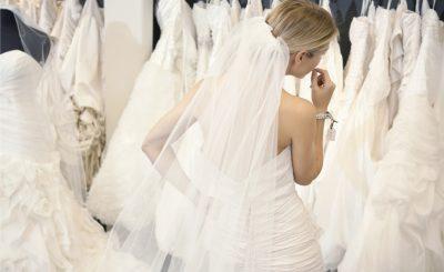 Chọn váy cưới