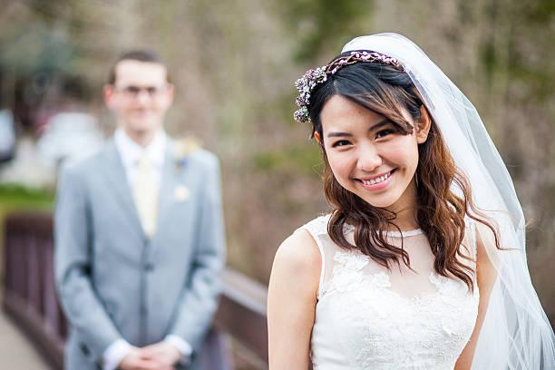 giục con gái kết hôn